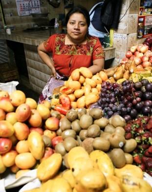 Antigua Guatemala – na bazarze