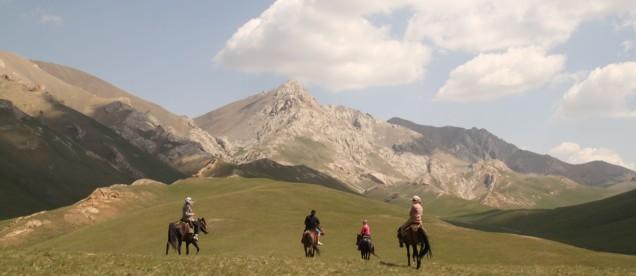 wycieczki na koniach - okolice jeziora Song Kol