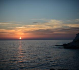Zachód słońca w Rosh Hanikra.
