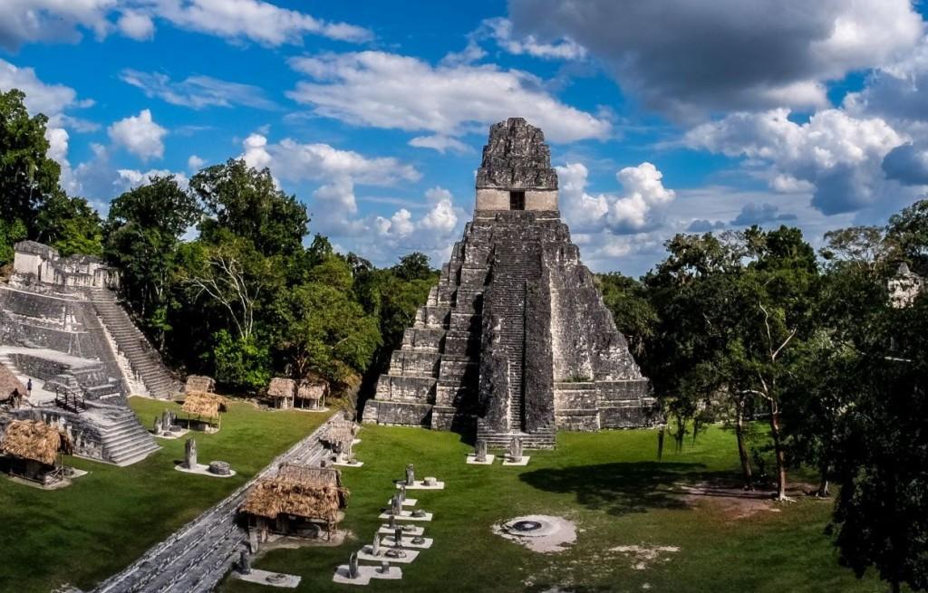 Majańskie ruiny_wyprawa przez Amerykę Środkową z Om Tramping Klub