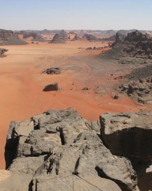 Sahara - widok jak z ksiazek fantasy - om tramping klub