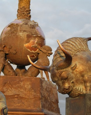 rzezby znakow zodiaku z horospoku chinskiego