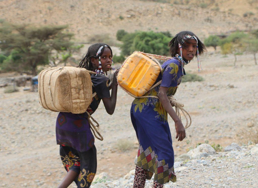 Etiopki na pustyni Danakilskiej